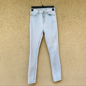 Urban Outfitters BDG twig high rise jeans size 25